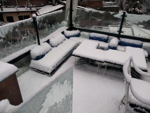 Sitting Area at Hangover is Looks beautiful after Snow fall