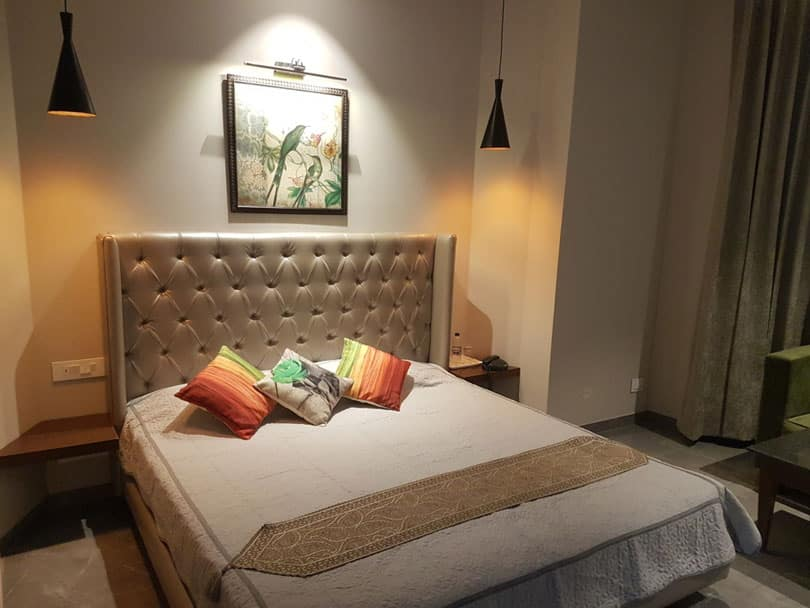 Super Deluxe accommodation in kasauli hotel