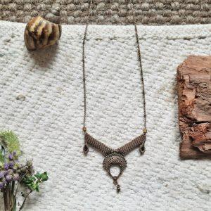 Beige metal pendant Handcrafted by Veda, Risheywa